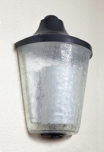 Applique esterna in vetro screpolato