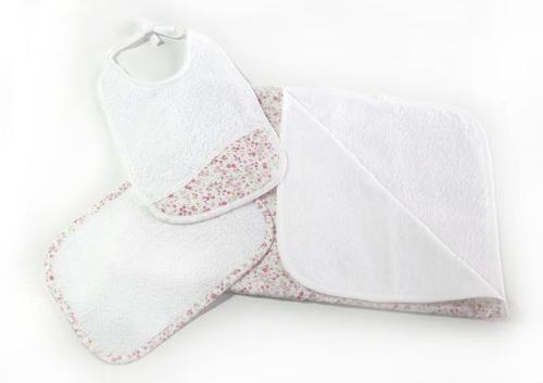 Conjunto de toalha de banho, toalhete e babete