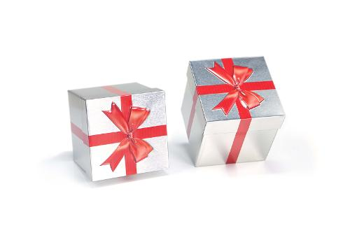 Gift cube Tin with embossed ribbon
