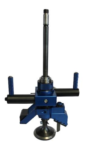 Refacing both valves and valve seats with one portable refac