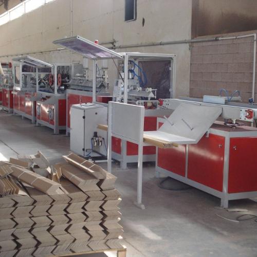 Станок для производства картонного уголка