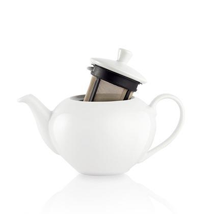 Porcelain teapot with interlocking filter