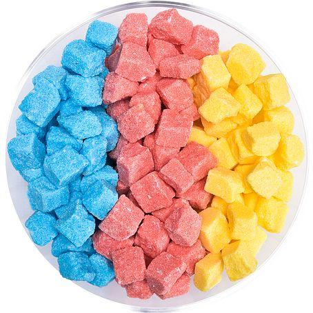 Sucres en morceaux colorés