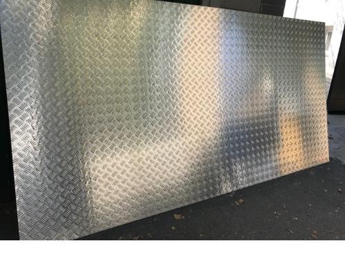 Tole inox alimentaire 304L tole brut aluminium antidérapante