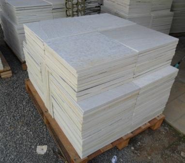 Piso quartzito branco