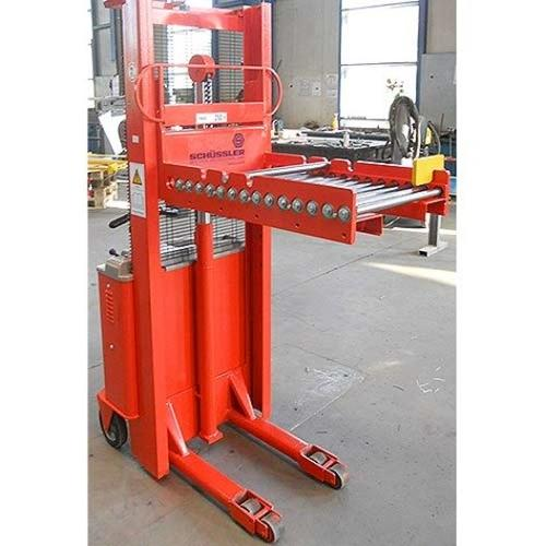 Kompakte Werkzeugwechselwagen