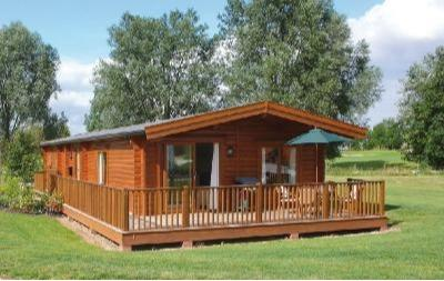 Self build timber homes, self assembly home kits