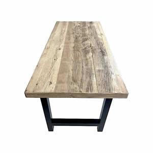 Table en vieil aulne