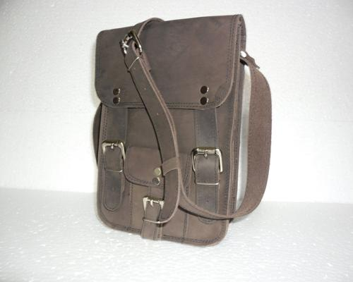 Hunter Leather Messenger  Bag