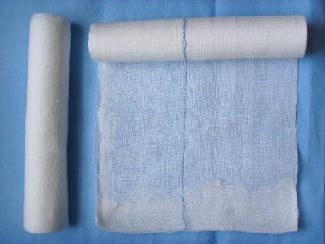 Gauze Roll with X-ray Threads