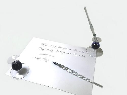 Стеклянная ручка
