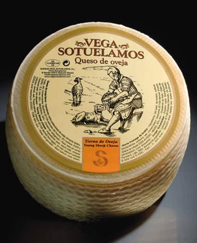 VEGA SOTUELAMOS SHEEP YOUNG CHEESE