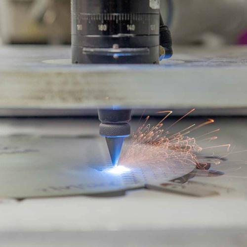 Laser-Keramikbearbeitung