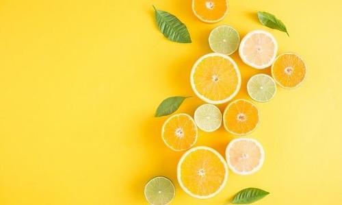 Vitamin A Acetate 325.000 IU/g