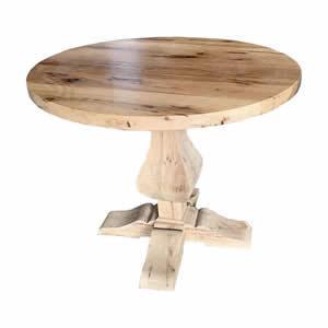 TABLE EN VIEUX CHENE