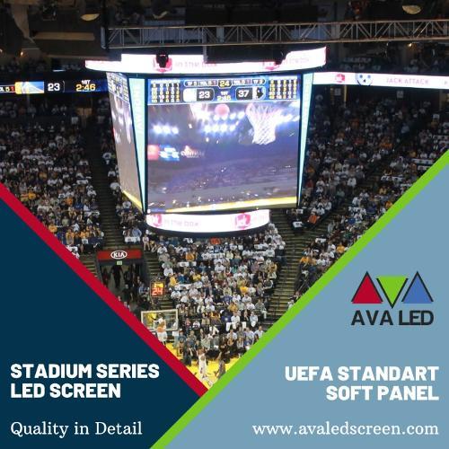 Ekrany informacyjne tablicy wyników na stadionie
