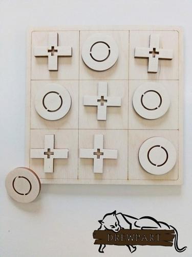Gra logiczna z drewna – kółko i krzyżyk