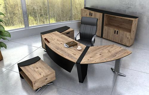 Top and spacious Modern Executive Office desk