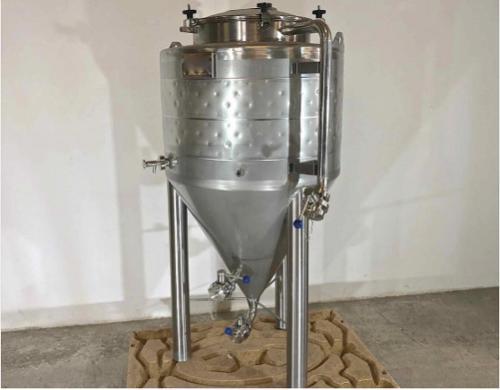 Cuve inox 304 - Cylindro-conique
