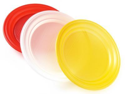 Assiette carton et plastique