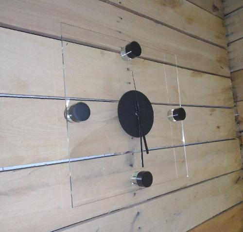 orologio da parete di design in cristallo acrilico