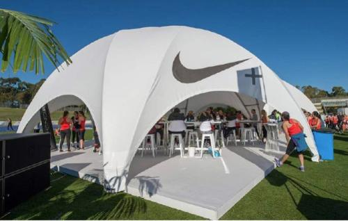 Crossover tent