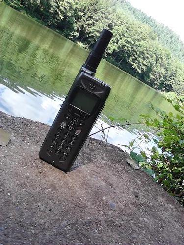 Location Téléphone par satellite
