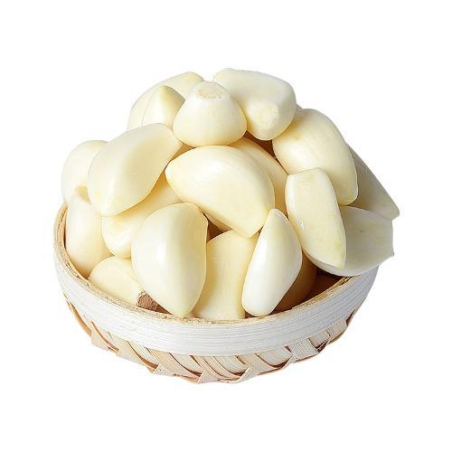 Vacuum packed peeled garlic cloves