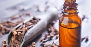 Pure Clave Oil and Cinnamon Oil