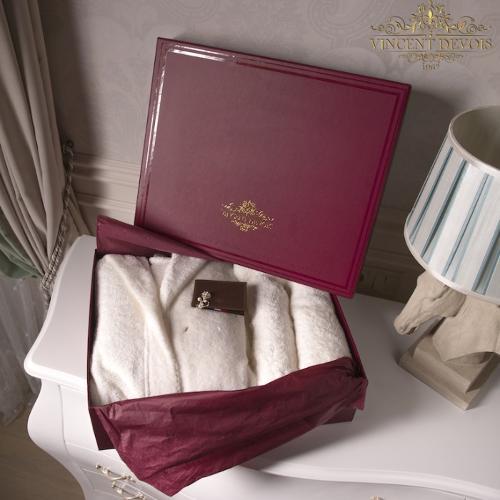Подарочный набор с муж халатом и полотенцами Vincent Devois