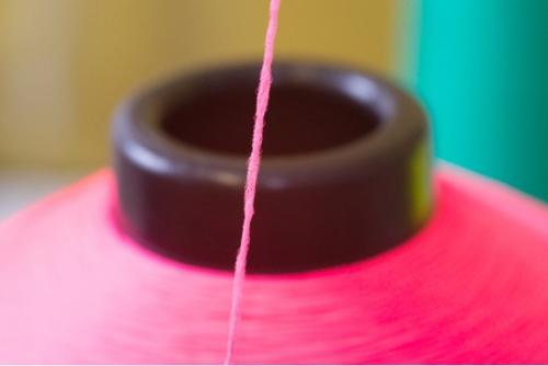 Micro dyed yarns