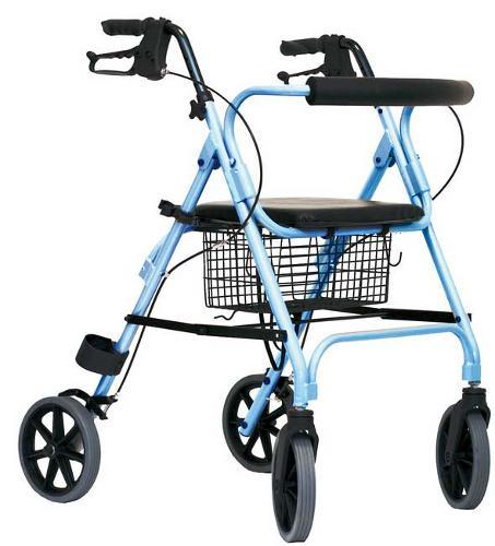 Deambulatore rollator per anziani