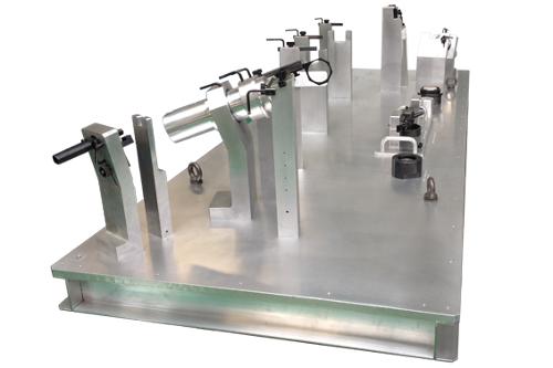 Montage de soudure tube pour pièces aéronautique