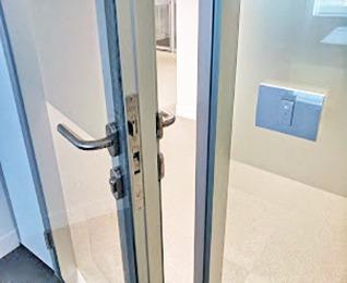 styleDOOR puertas corredizas y abatibles