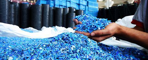 Components for waste recycling processes