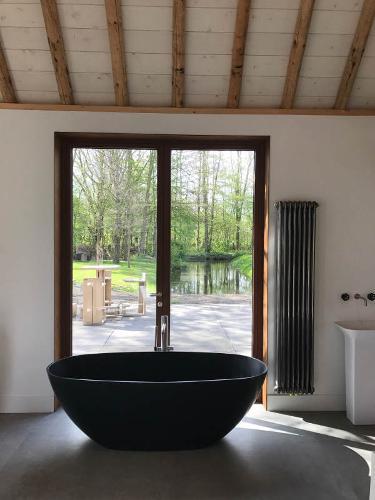 Bath-tub LAGO