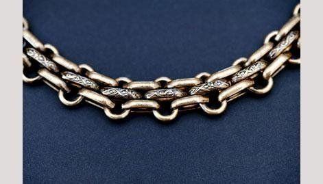 accessorio in metallo