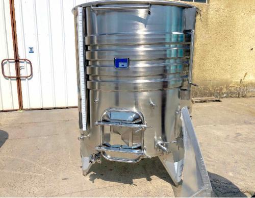 Tanque de aço inox 304 - 23 HL
