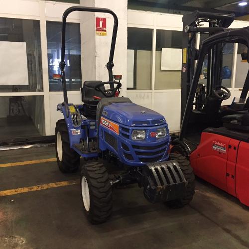Tracteur industriel Iseki M3215