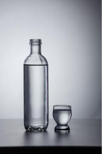 Bottle of colorless glass 50 cl - 100 cl