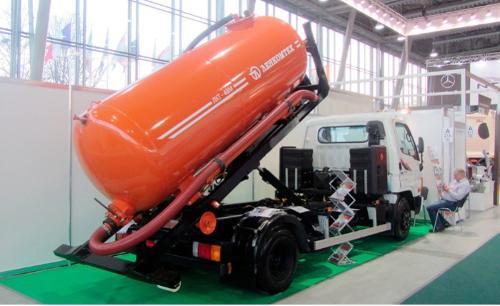 Hook lift tanker LKT-VM