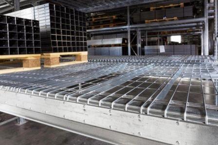 näthyllplan / wire mesh decking / Gitterboden