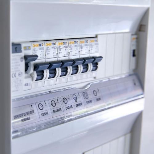 Composants et appareillage pour installation électrique