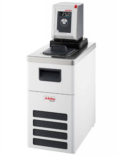 CORIO CD-300F - Koude-circulatiethermostaten