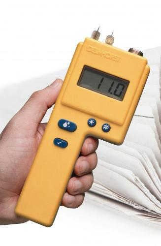 Moisture meter for paper