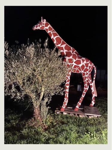 Girafe en résine 320 cm