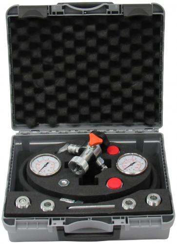 Fill- a. test devicemembran accumulator