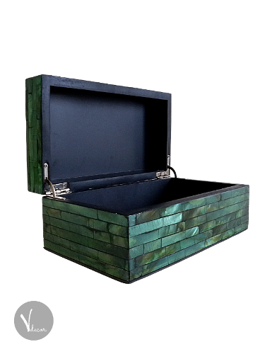 Green Treasure Box with Mother of Pearl Inlay