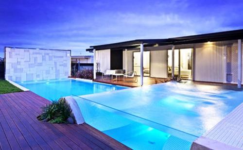 DS®Acrylglas Pool, PLEXIGLAS® Infinity Pool