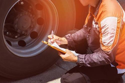 Repairs of trailers and semi-trailers
